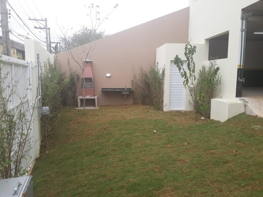 Churrasqueira - Fachada - Villa Bosque - 981 - 14