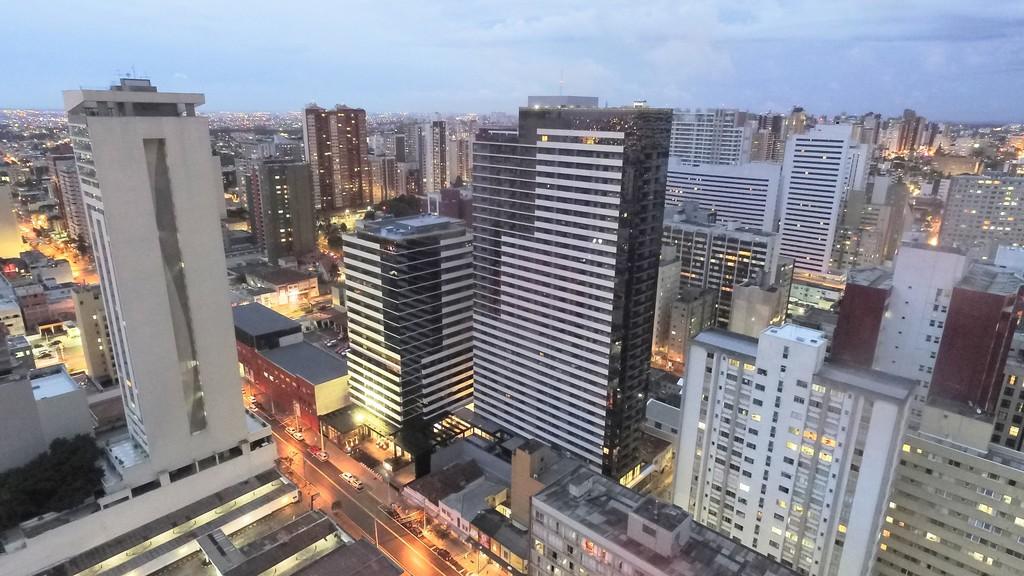 Foto 13 - SALA COMERCIAL em CURITIBA - PR, no bairro Centro - Referência CM00005